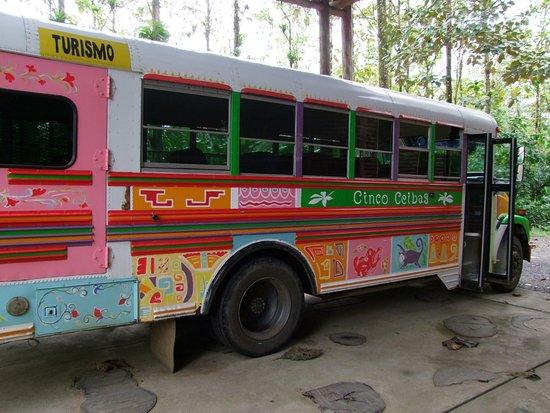 Sarapiqui, Costa Rica: bus pour la réserve
