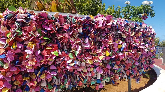 Two Lovers Point: Love locks