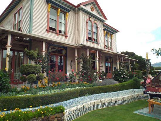The Giant's House: Front view of the house, restored and in beautiful condition.