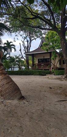 Phi Phi Villa Resort: 20180220_170734_large.jpg
