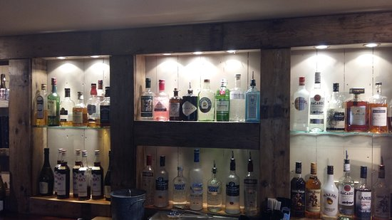 Timsbury, UK: A decent 'top shelf'