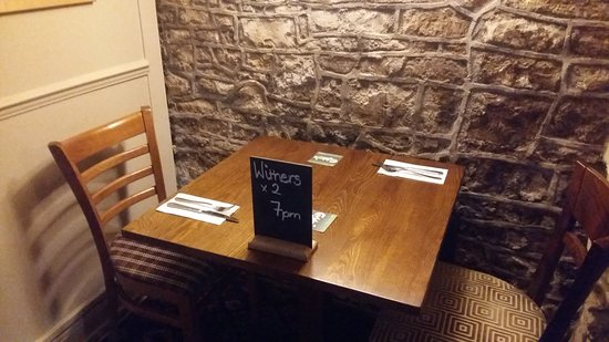 Timsbury, UK: Meals in the evening - reservations advised
