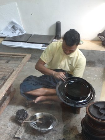 Shwe la Yaung Lacquer Ware Workshop (Bagan) - 2019 All You Need to