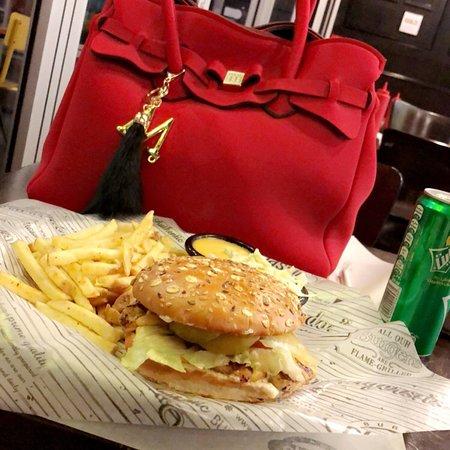 Classic Burger Joint: photo0.jpg
