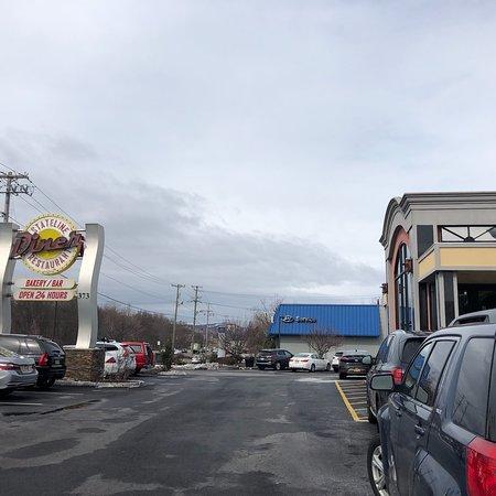 State Line Diner: photo1.jpg