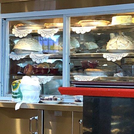 State Line Diner: photo3.jpg