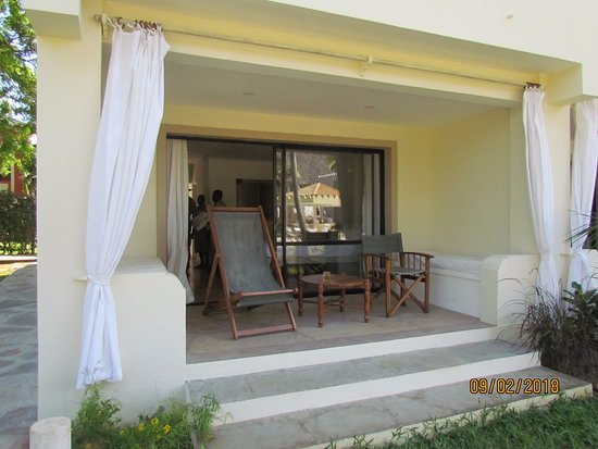Sandies Tropical Village : View of room & Veranda