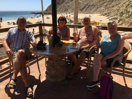 Burgau Beach Bar: Ideal spot to relax