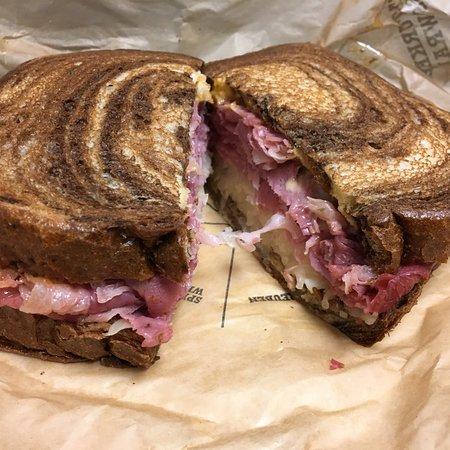 Milan, MI: Really good crispy fish, crispy chicken, and Ruben sandwich's