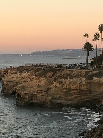 Sunset Cliffs Natural Park    Reviews Park