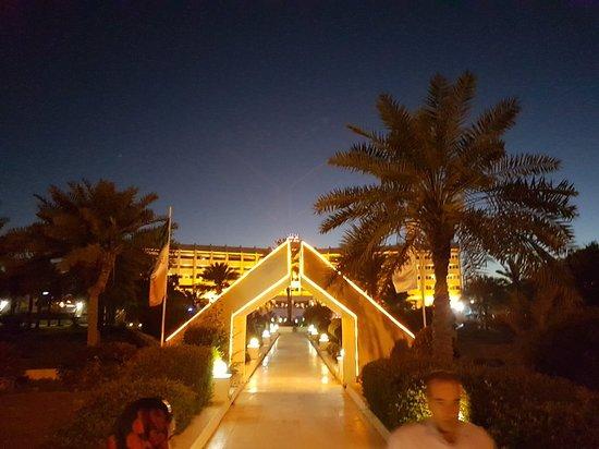 Shayan Kish Hotel: 20180303_183101_large.jpg