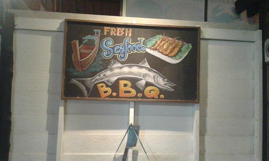 Barracuda Restaurant @ Saladan Koh Lanta: Devanture