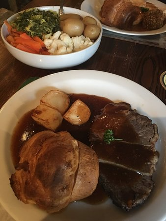 Burniston, UK: My beef Sunday lunch
