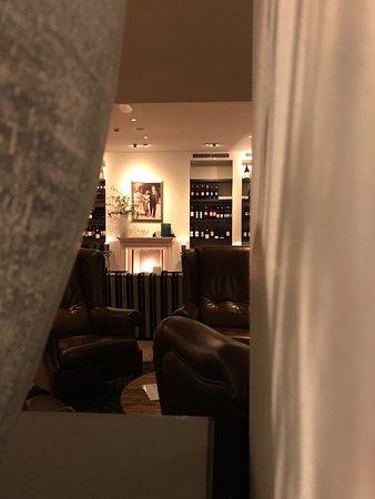 Badhotel Bruin Photo