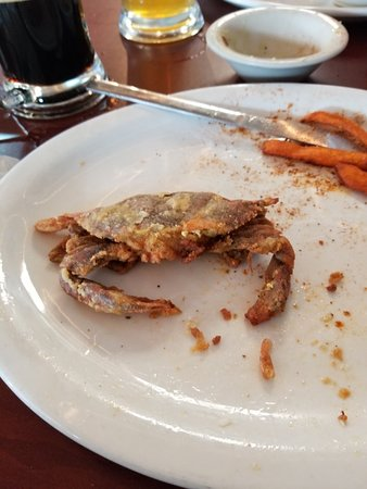 Nassawadox, VA: Soft shell crab plate with sweet potato fries. Effing delish