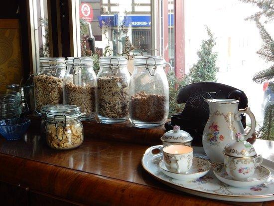 Müsli Ecke Bild Von Cafe Wohnzimmer Schlüchtern Tripadvisor