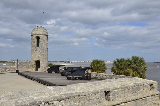 Saint Augustine Beach, FL: Up on the upper deck of the fort