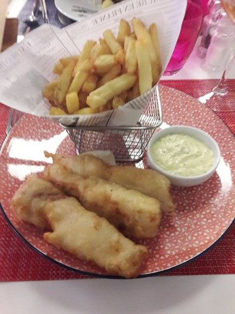Ury, France: Fish and chips