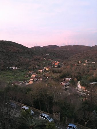 Pico, Italy: Sunrise from Le Stanze de Vescovo