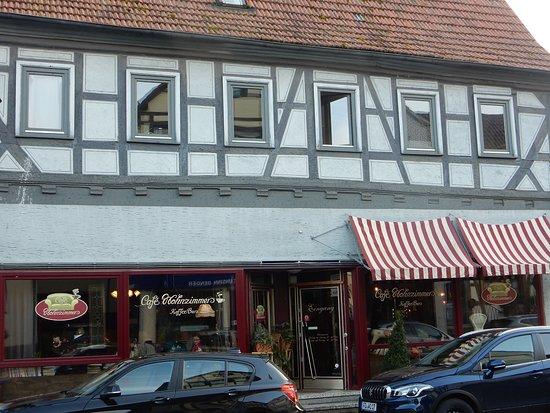 Cafe Wohnzimmer: Außenansicht In Der Krämerstraße