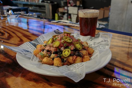Twinsburg, OH: Totchos