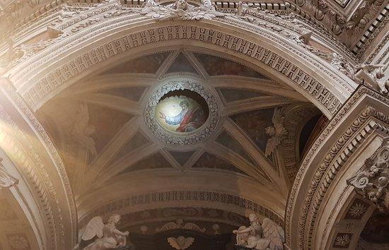 Real Chiesa di San Lorenzo: 20180304_185334_large.jpg