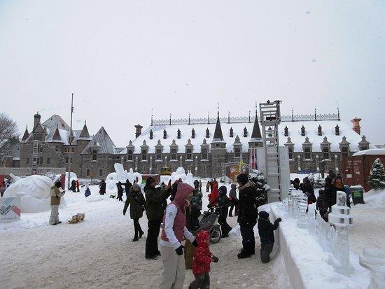 Place George V