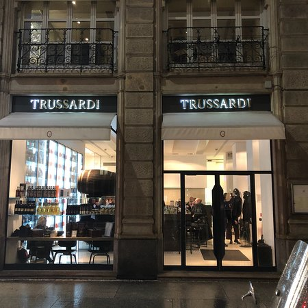 Cafe Trussardi (Milan) - 2018 All You Need to Know Before You Go ...
