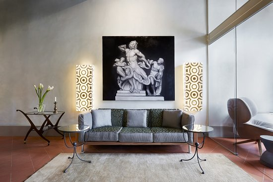 Palazzo Antellesi: The new living room of the apartment Paradiso in Santa Croce square