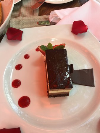 Windsor Golf Hotel and Country Club: Desert after a scrumptious dinner