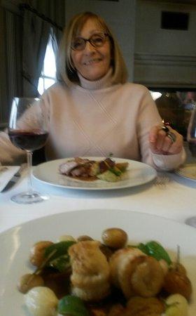 Mery sur Oise, Francia: Les plats arrivent ...
