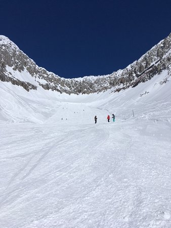 Belalp, Suiza: Amazing black slope, perfect snow at 3000 m.a.s.l