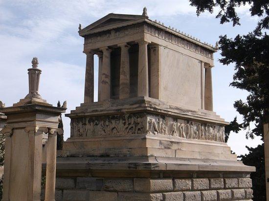 The Tomb of Heinrich Schliemann (First Cemetry)