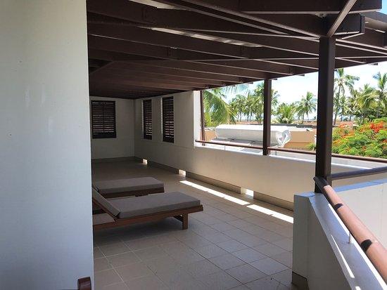 Sheraton Denarau Villas: Upstairs Master Bedroom Balcony