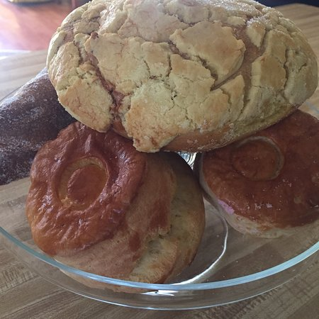 This pan dulce is legit! - La Esperanza Bakery, Sacramento