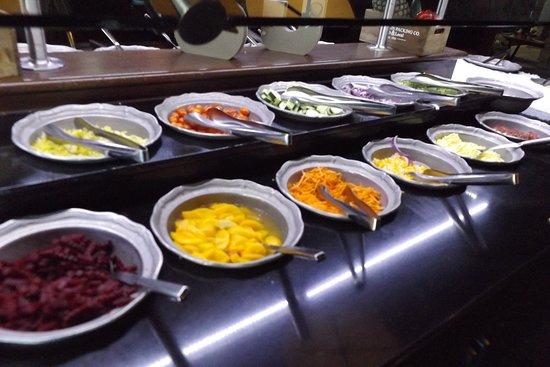 Salad Bar Picture Of Claim Jumper Restaurants Burbank