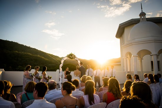 Hotel Riu Palace Costa Rica Rooftop Wedding Ceremony At Sunset