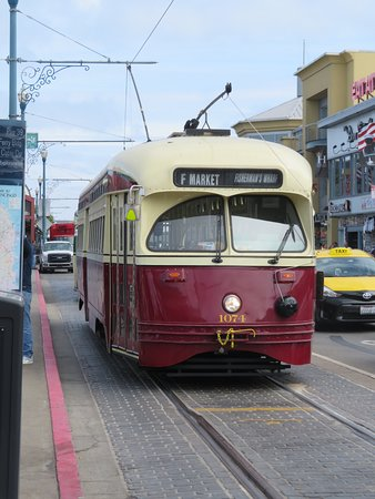 Historic Streetcars San Francisco All You Need To Know Before - Street cars