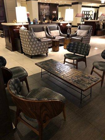 Renaissance Phoenix Downtown Hotel : Lobby Fixtures