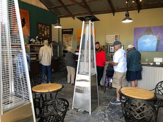 Elgin, AZ: Tasting room