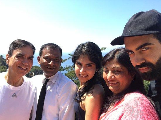 La Minerva: Family photo with Kamaal