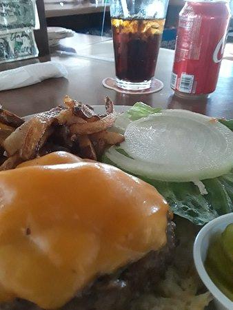 Yeehaw Junction, FL: Bacon cheeseburger...