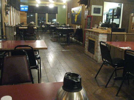 Yelm, WA: Tables