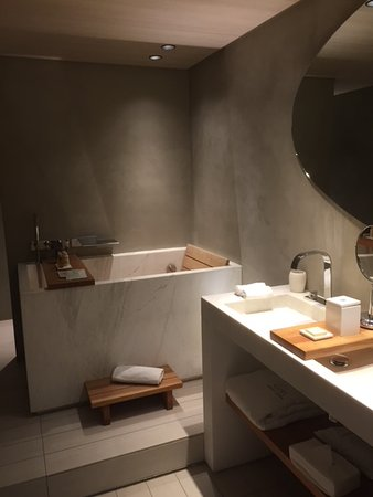 Hotel De Nell: Double Sink, Heated Floors, Japanese Bath, And Standing  Shower