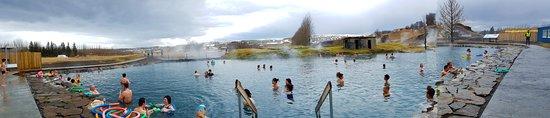 Fludir, أيسلندا: Pool Area