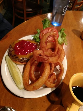 Windham, ME: tasty, good-sized onion rings with a burger