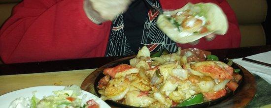 Jose's Authentic Mexican Restaurant : seafood fajitas