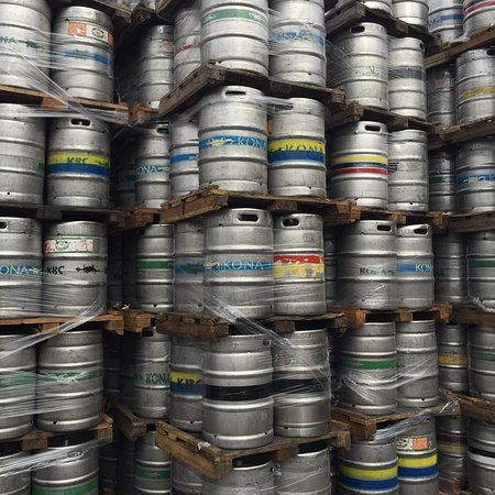 Kona Brewing Company: photo2.jpg