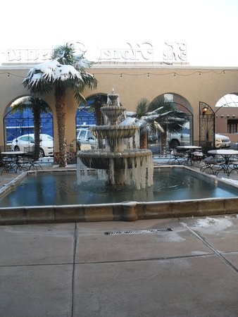 The Hotel Paisano: Hotel Paisano entrance and fountain