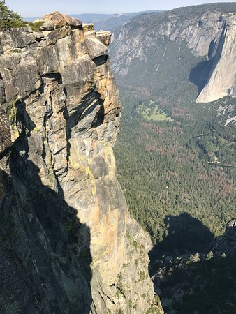 Taft Point (Yosemite National Park) - 2018 All You Need to Know Before You Go (with Photos ...